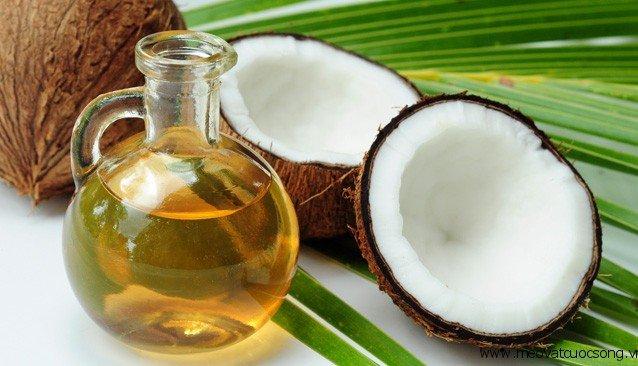 Những công dụng tuyệt vời của tinh dầu dừa nguyên chất